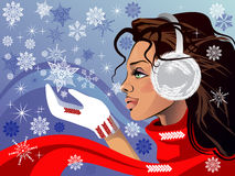 一条红色围巾的美丽的女孩 免版税库存图片