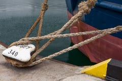 一条老葡萄酒海军绳索的图片 图库摄影
