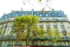 一条街道的看法在巴黎 免版税库存照片