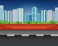 一条街道的风景有砖篱芭和都市风景的 皇族释放例证
