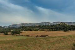 一条路线通过其中一个最佳的地方在国家:Montsec 免版税库存图片