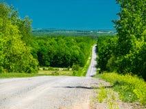 一条长的乡下公路 库存照片