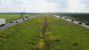 一条高速公路的Timelapse在弗莱福兰省,荷兰 股票视频