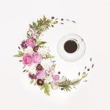 一杯咖啡和flortal框架 图库摄影
