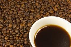 一杯咖啡用coffe豆 库存照片
