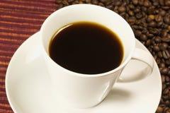 一杯咖啡用coffe豆 库存图片
