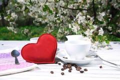 一杯咖啡的静物画 库存照片