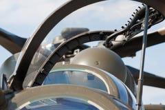 一架现代军用直升机的驾驶舱的摘要 库存图片