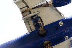 一架现代飞机的下面 库存照片