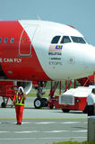 一架班机的储蓄图象在机场 免版税库存图片