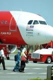 一架班机的储蓄图象在机场 图库摄影