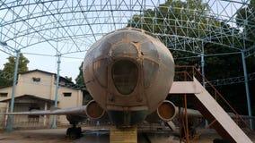 一架飞机在sayyad modi公园 库存照片