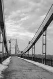 统一桥梁,灯光导标,艰苦跋涉 库存照片