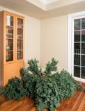 一棵人为圣诞树的部分在聚集之前的 免版税图库摄影