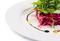 从一棵新鲜的甜菜的沙拉 库存图片
