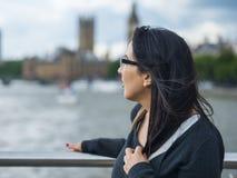 一次旅行的女孩向伦敦 库存照片