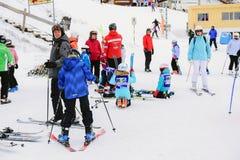 一次普遍的滑雪旅行向瑞士 免版税库存照片