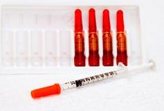 一次用量的针剂编组医疗注射器 库存图片