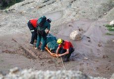 一次致命的直升机失事的抢救在马略卡西班牙海岛  库存图片