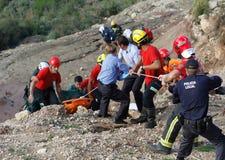 一次致命的直升机失事的抢救在马略卡西班牙海岛  免版税库存图片