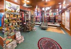 一点克什米尔工艺品商店在主要市场,吉隆坡上 免版税库存照片