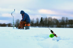 一点冬天钓鱼竿冰 库存图片
