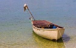 一点小船漂浮 库存照片