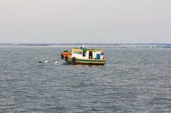 一点小船漂浮 图库摄影