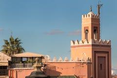 一点清真寺在马拉喀什,摩洛哥 免版税库存照片