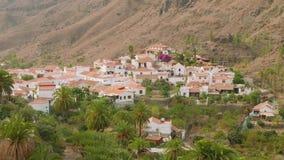 一点镇Fataga建筑学看法从小山的 股票视频
