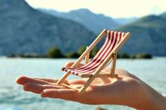 一点beachchair 库存照片