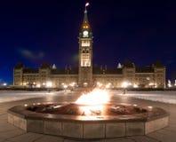 一百周年纪念发火焰渥太华,安大略,加拿大 库存照片