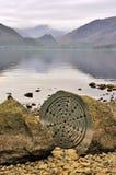 一百块年石头, Derwentwater 图库摄影