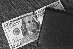 一百美元钞票票据  免版税库存照片