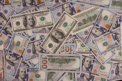一百美元 许多钞票 本杰明・富兰克林,美国独立纪念馆 免版税库存图片