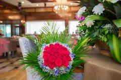 一百英国兰开斯特家族族徽的花花束花束  免版税库存照片