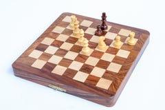 一盘象棋 棋国王被封死,下棋比赛  库存照片
