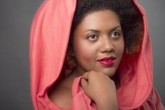 一美好非裔美国人女孩微笑的画象 图库摄影