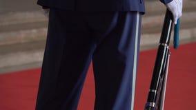 一致的卫兵的战士在中正纪念堂在台北,台湾 r 影视素材