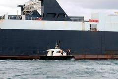 一般货物船 免版税库存照片