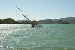一艘凹下去的船在Kekova,土耳其 库存图片
