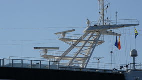 一艘大的船的雷达传感器刀片回旋 影视素材
