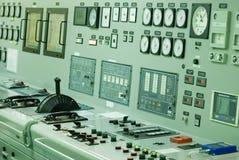 一艘特大号船的控制室 图库摄影