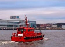 一艘红色军舰,垂直 图库摄影