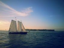 一艘船在基韦斯特岛的, FL墨西哥湾 免版税库存照片