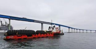 一艘近海猛拉/供应船,警惕性,圣地亚哥 免版税图库摄影