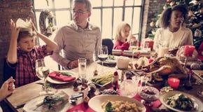 一起家庭圣诞节庆祝概念 库存照片