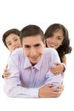 一起微笑愉快的西班牙家庭的画象 免版税库存照片