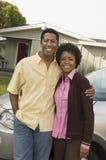 一起站立非裔美国人的夫妇 库存照片