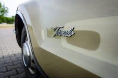 一辆大型个人汽车Oldsmobile Toronado的细节, 1968年 免版税图库摄影